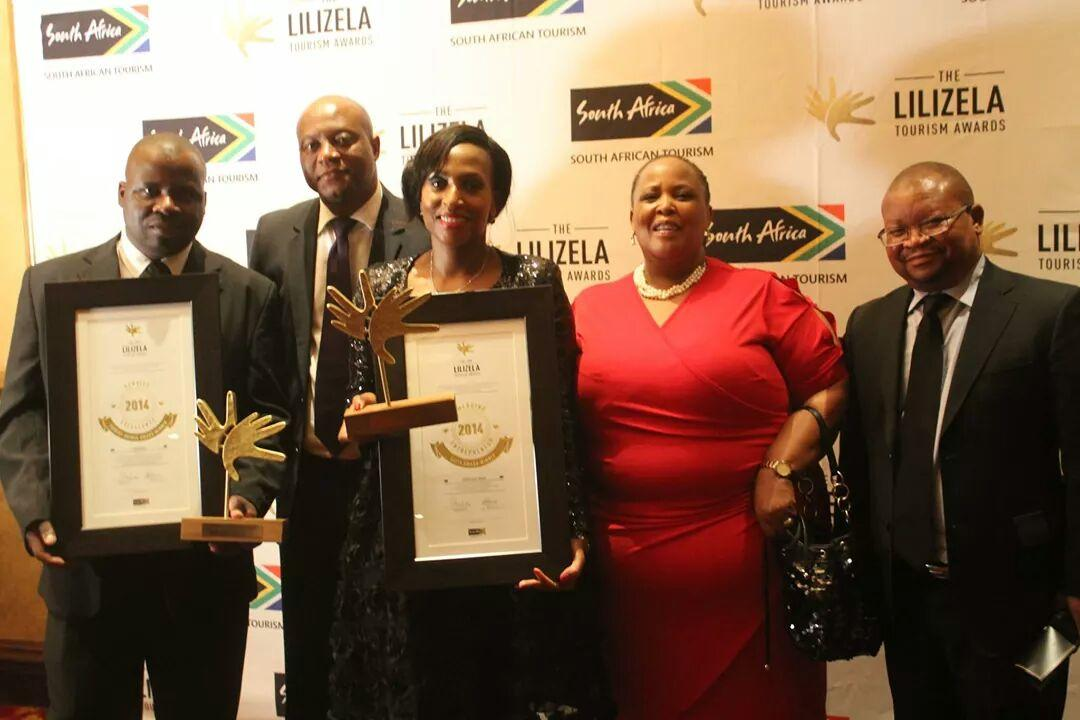 On the photo: Tshamana Isaiah Banda (Best Tour Guide Culture), MEC Seaparo Sekoati, Mmabogoshi Msiza (ETEYA winner), Seipati Tlaka (Acting Chief Executive Officer of Limpopo Tourism Agency) and Mashilo Matsetela (Chairperson of Limpopo Tourism Agency board)